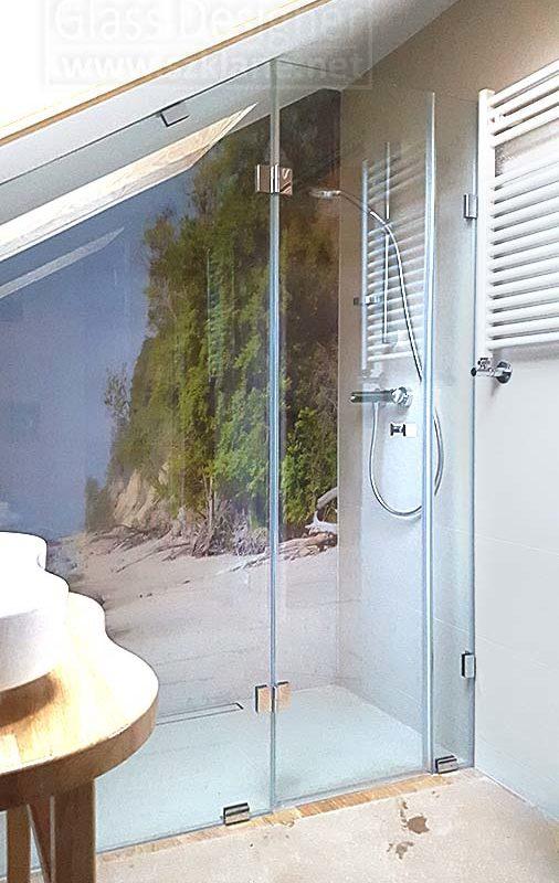 grafika w kabinie prysznicowe