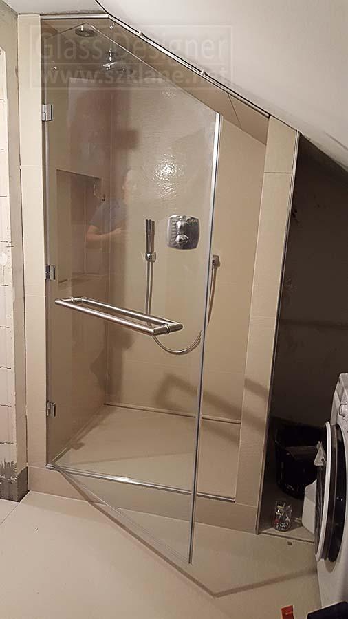 łazienka ze skosem