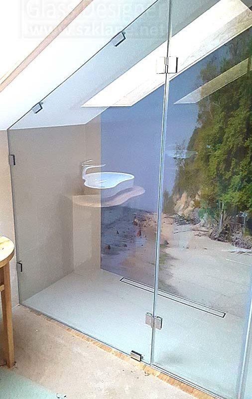 nietypowe zabudowy łazienek