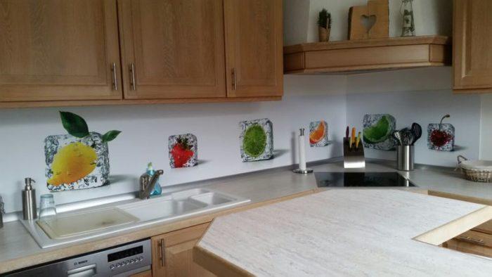 panel szklany do kuchni kostki lodu