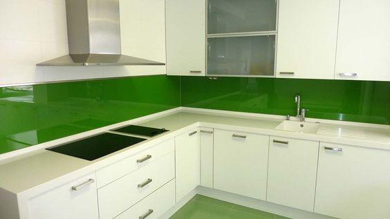 panel szklany zielony