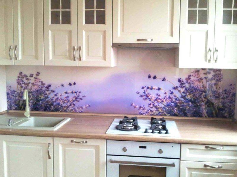 panel w kolorze fioletowym