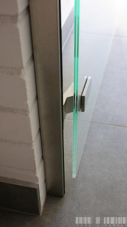 drzwi szklane zawias