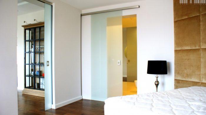 system przesuwny drzwi szklanych