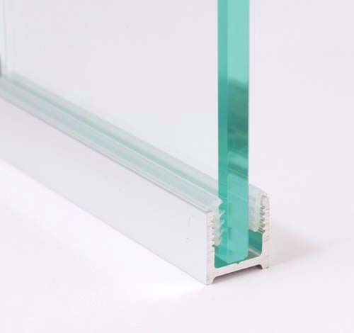 profil aluminiowy z uszczelką