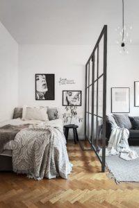 loft; ściana loftowa w pokoju;